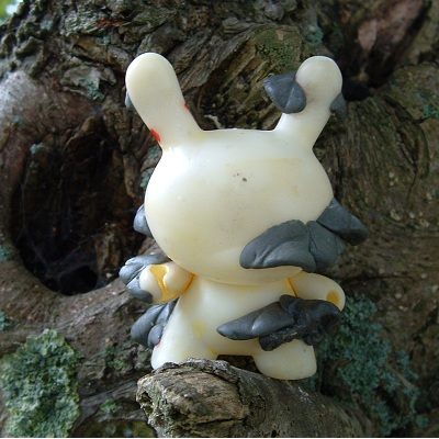 Dunny custom Toadstool Work In Progress Erik bij de Vaate
